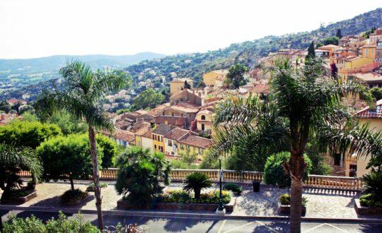 Bormes-les-Mimosas: een klein stadje aan de Côte d'Azur