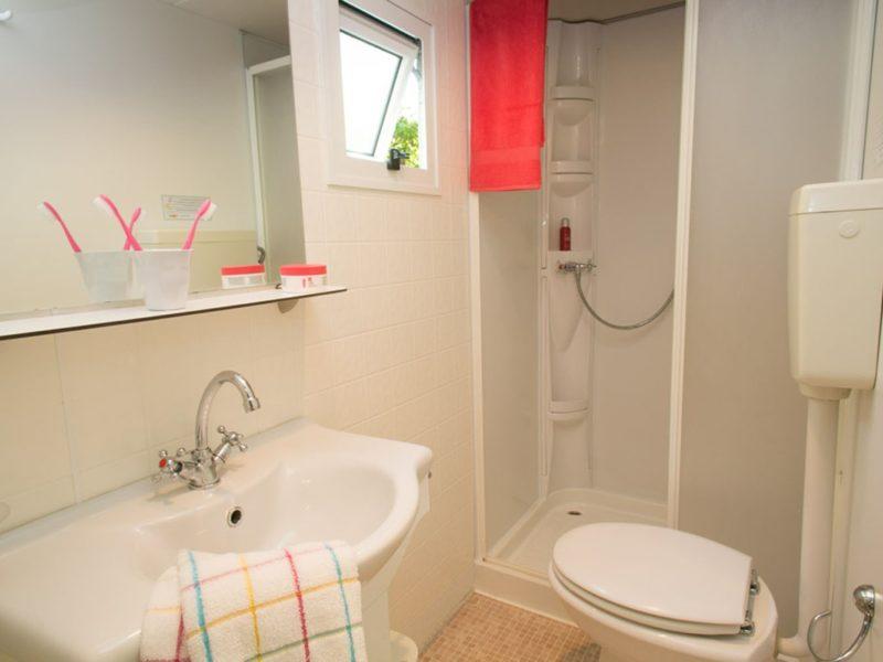 Selectcamp stacaravan badkamer