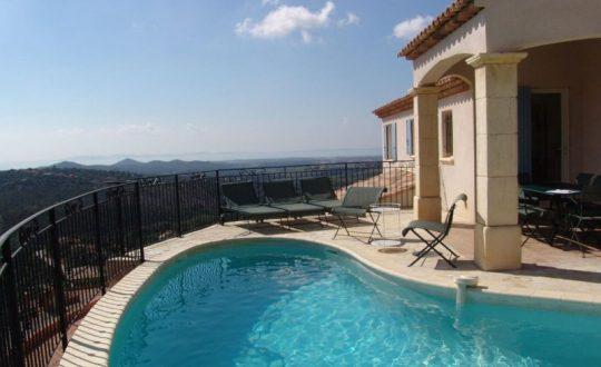 Een vakantiehuis kopen aan de Côte d'Azur